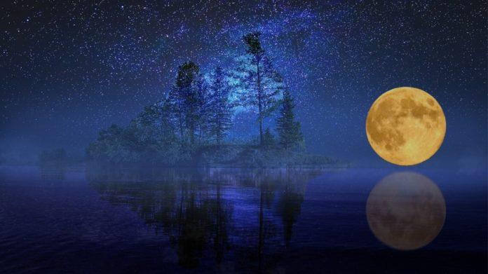 Второе полнолуние в октябре 2020 г (Голубая луна) 3-48-696x391