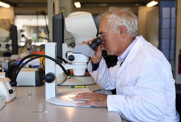 Коронавірусом можна заразитися через очі: вчені приголомшили новим дослідженням
