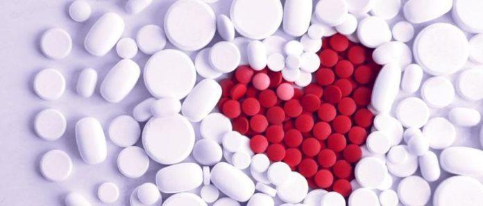 Медики предупредили, когда нельзя сбивать высокое давление таблетками