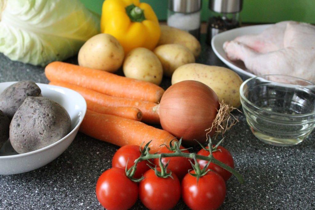 Як приготувати смачний пісний борщ, який нічим не поступається традиційному рецепту