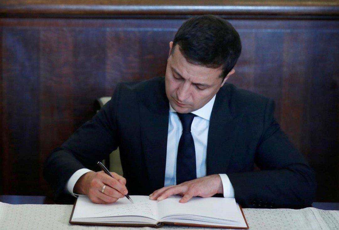Зеленський після виборів звільнить п'ятьох губернаторів: в яких областях змінять голів ОДА