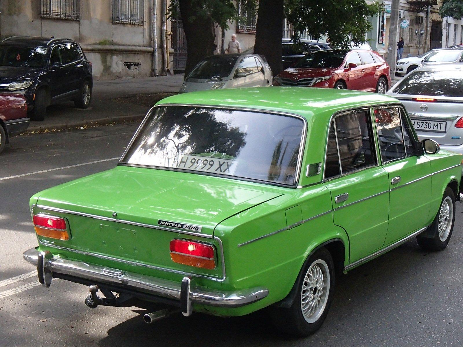 В Одессе ездят «Жигули» с номерами, которые дороже самого авто