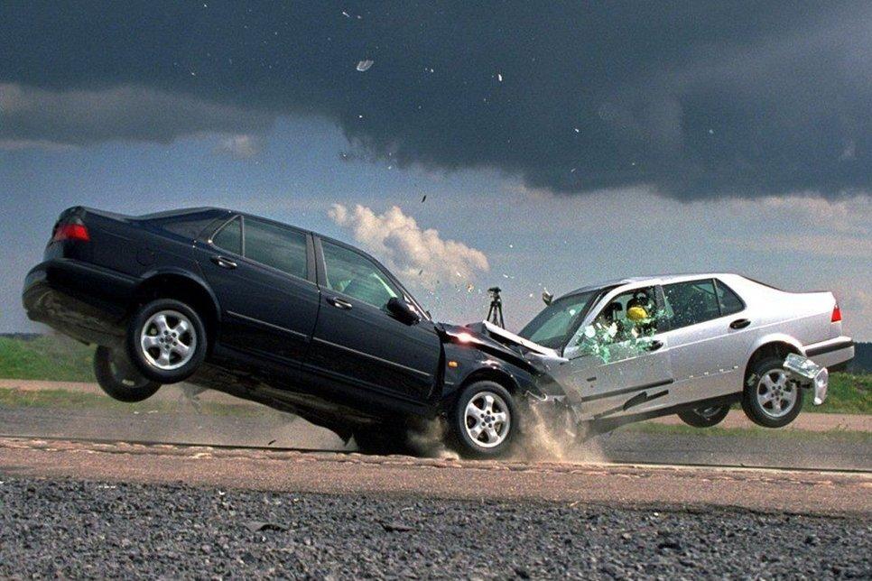 Как нужно действовать в случае ДТП: памятка автомобилиста