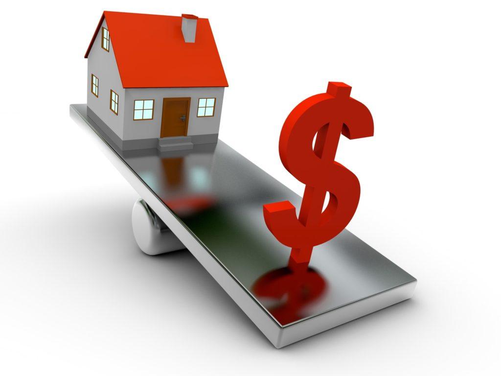 У боржників відбиратимуть квартири: Нацбанк попередив про закінчення мораторію в сфері валютної іпотеки