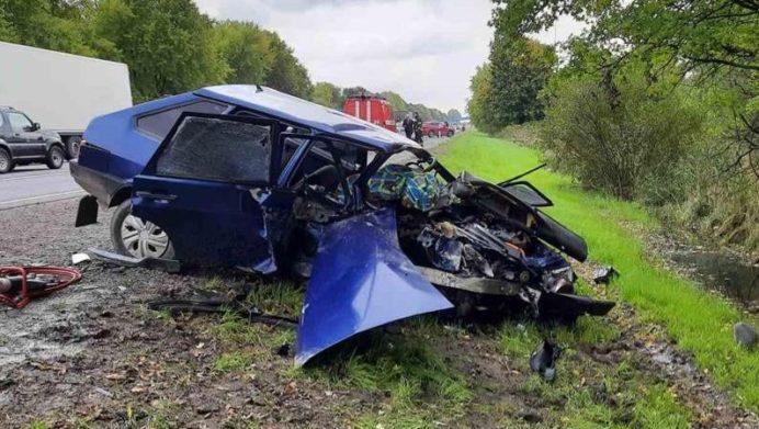 Масштабное смертельное ДТП на трассе Киев-Чоп во Львовской области: столкнулись четыре автомобиля - today.ua