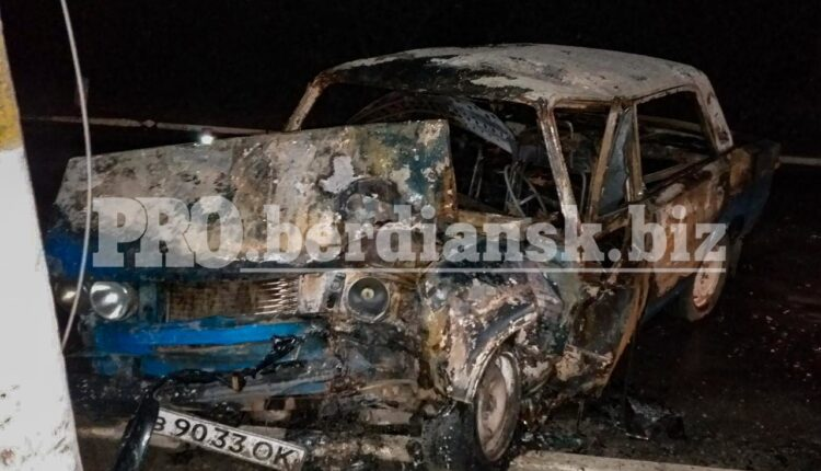 Моторошна ДТП у Запорізькій області: водій не зміг вибратися з палаючої машини (фото)