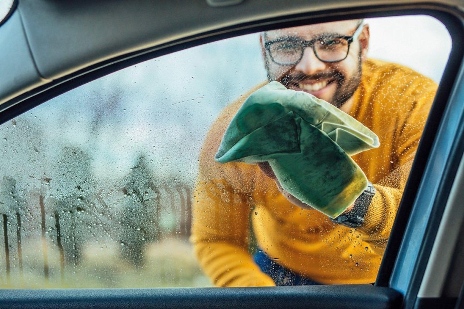 Зачем протирают картошкой стекла в автомобиле?