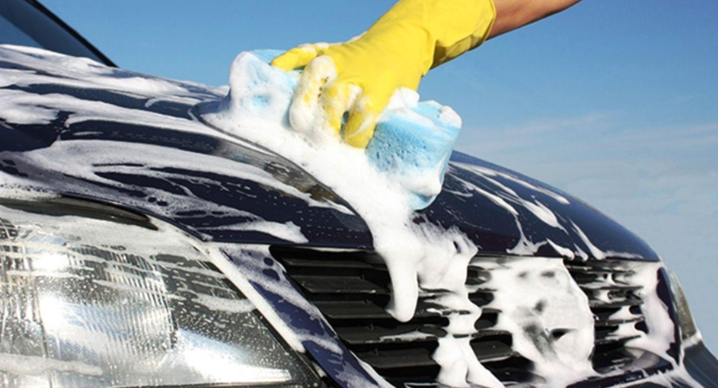 Чому автомобіль потрібно мити господарським милом?