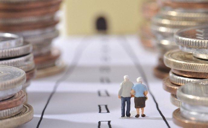 В Україні підвищили пенсійний вік: скільки років і який стаж потрібно мати пенсіонеру