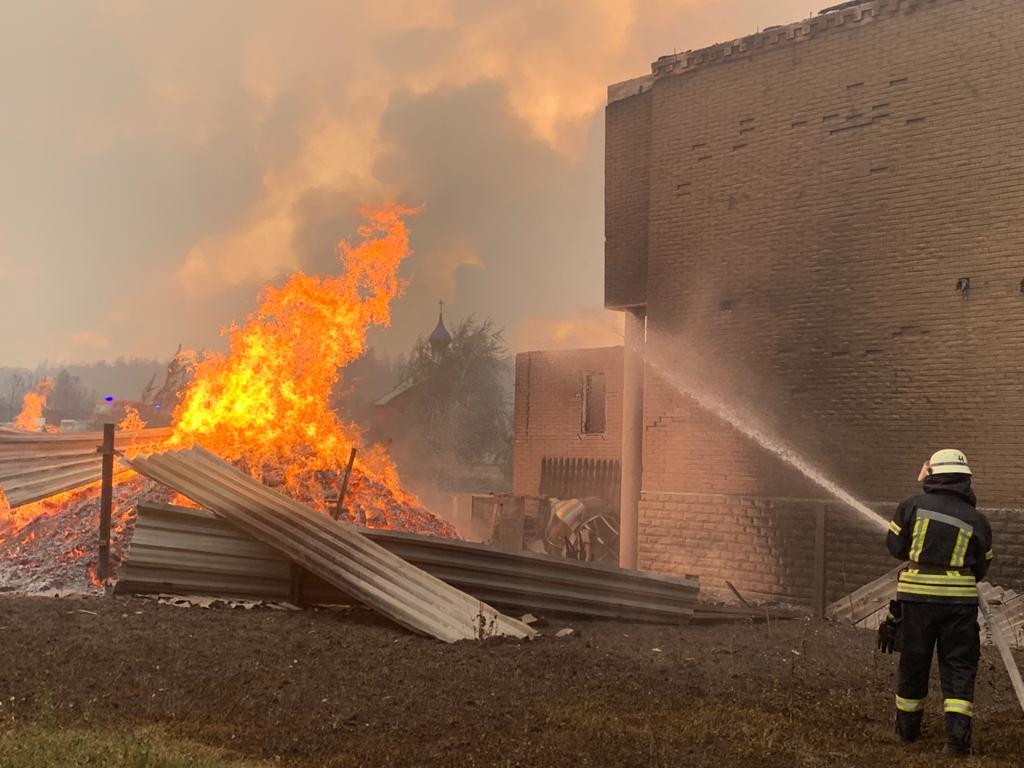 Названі винуватці масштабних пожеж у Луганській області: все робилося навмисно