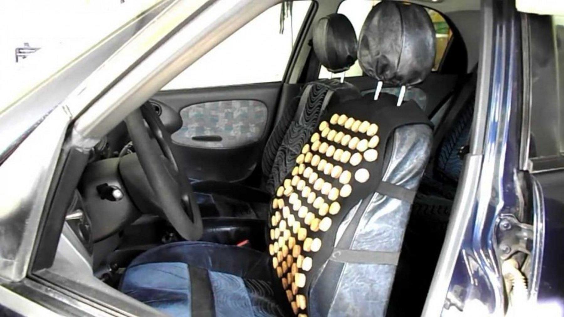 Як пробки від шампанського можуть стати в нагоді водієві