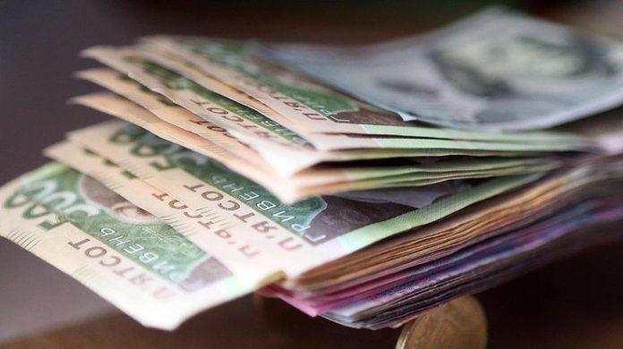 В Україні мінімальні соціальні виплати почнуть підвищувати вже з грудня: дізнайтеся, що коли і на скільки