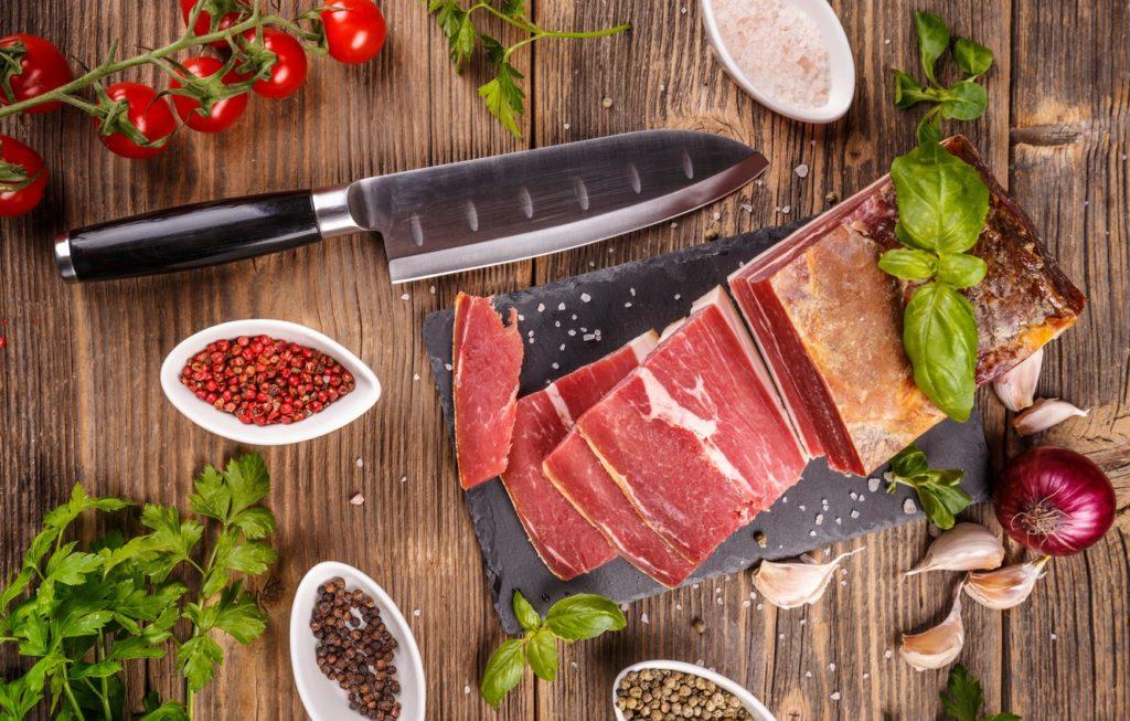 Як правильно вживати сало, щоб зміцнити імунітет