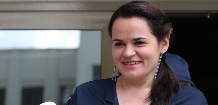 Відразу дві країни оголосили Тіхановську в міжнародний розшук, і вона їде в Україну