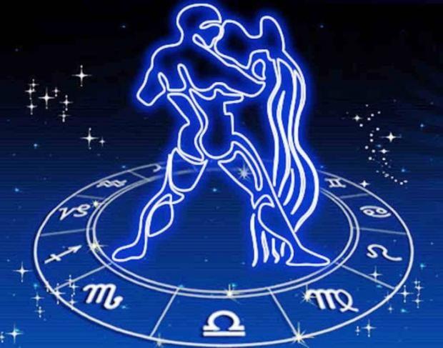 Гороскоп на 23 октября  для всех знаков Зодиака: Павел Глоба советует Овнам следить за языком, а Весам посвятить вечер себе
