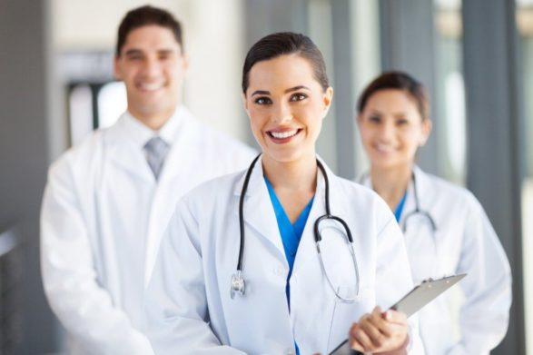 Минимальная зарплата врачей в Украине будет 20 тысяч: Зеленский подписал указ - today.ua