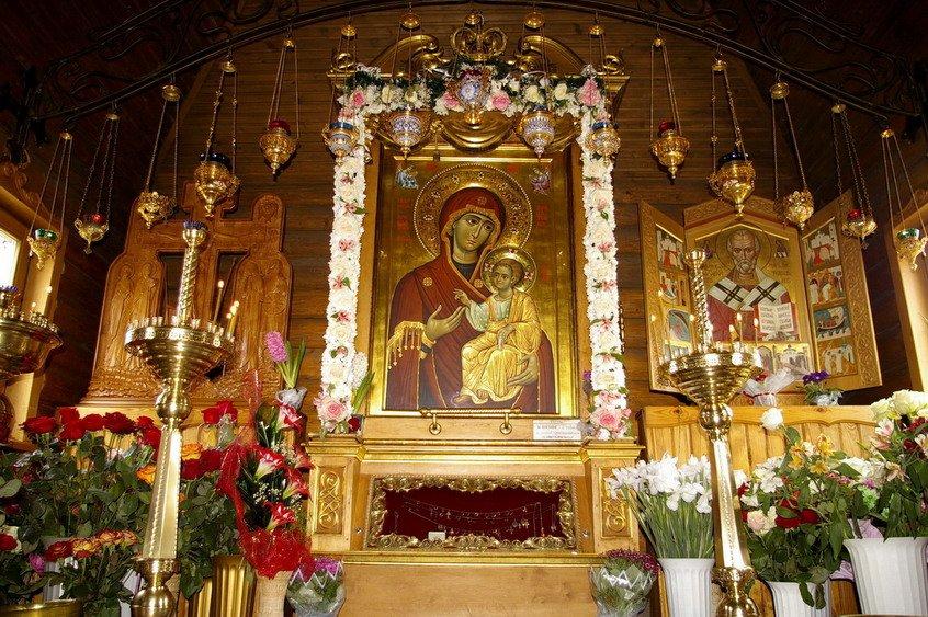Праздник 26 октября: традиции и запреты в день Иверской иконы Божией Матери