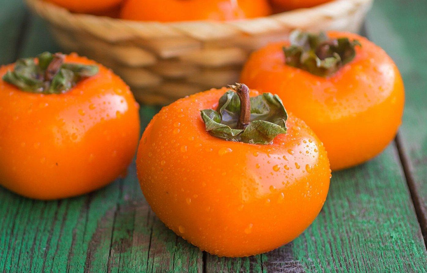Кому хурма протипоказана: лікарі попереджають про небезпеку осіннього фрукта для здоров'я