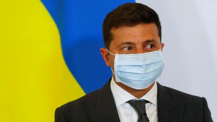 Зеленский одобрил повышение штрафов за отсутствие маски в общественных местах