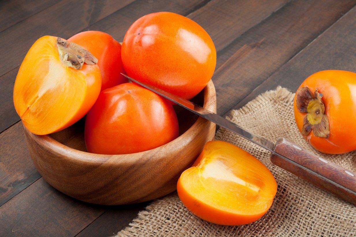 ТОП-10 корисних властивостей хурми: фрукт рятує від раку і зміцнює серце