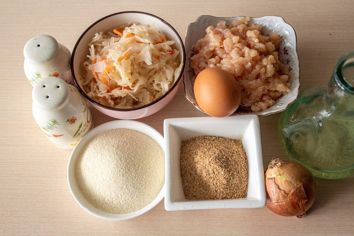 Котлети з квашеної капусти: простий рецепт смачної страви