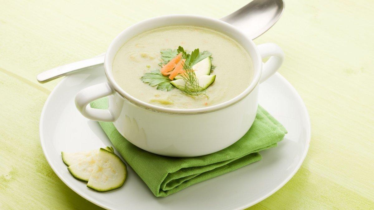 Суп-пюре небезпечний для здоров'я зубів і шлунково-кишкового тракту: поради ендокринологів про корисне харчування