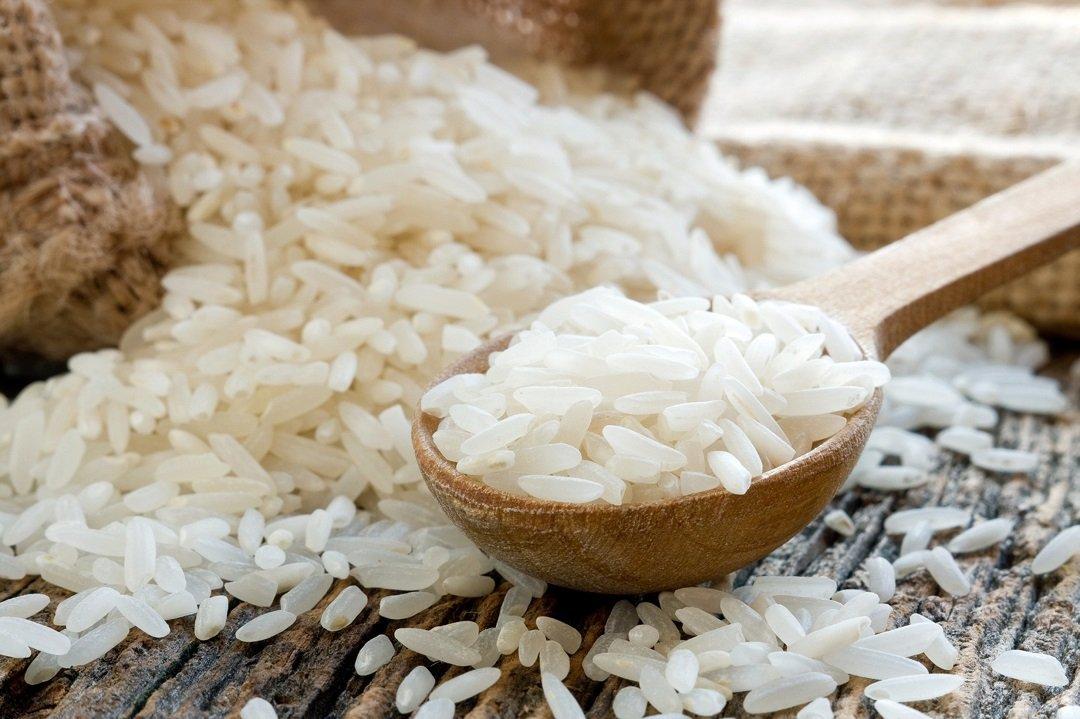 Як видалити миш'як з рисової крупи: отрута потрапляє в зерна під час вирощування і зберігання
