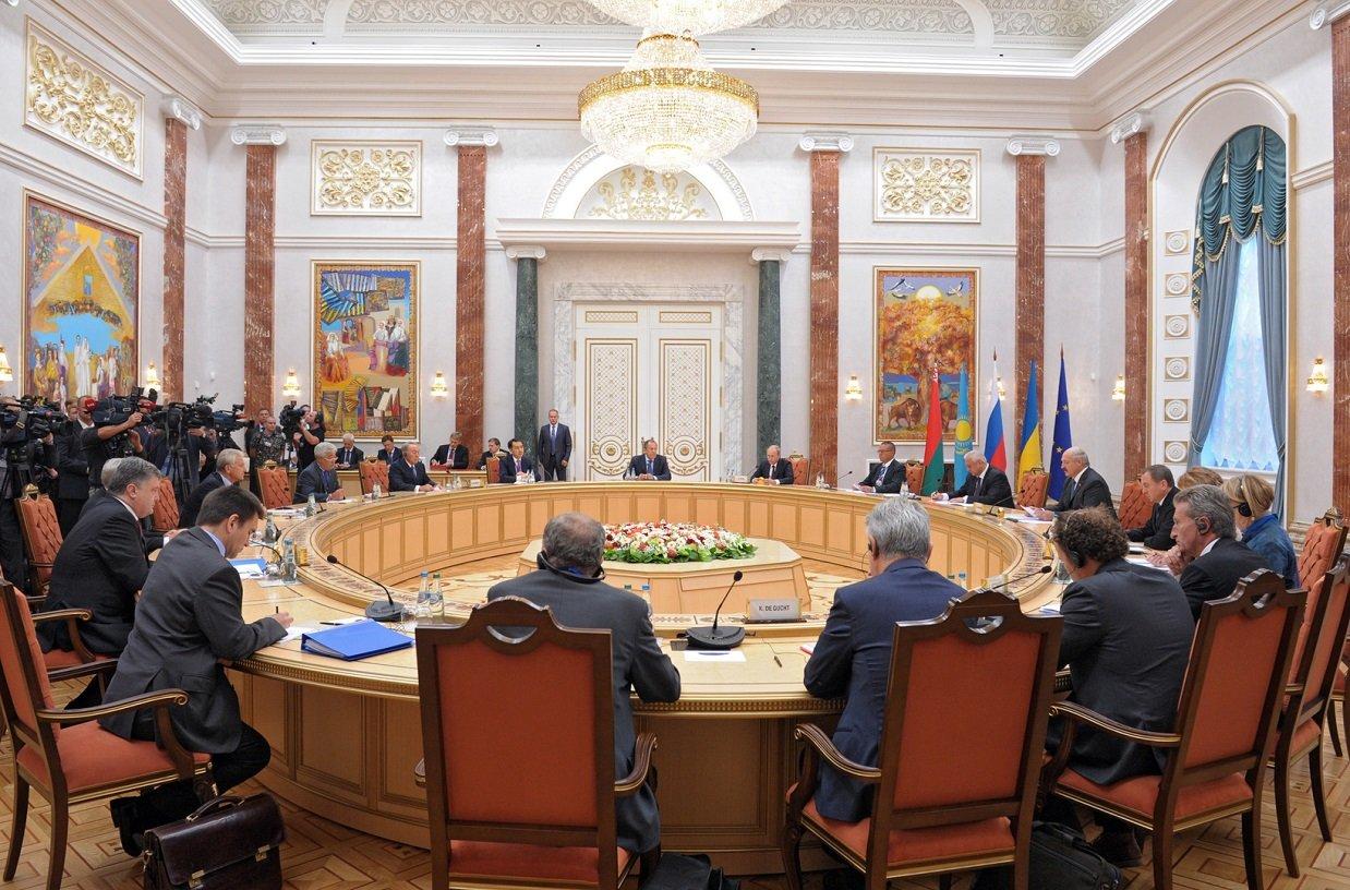 "Пресс-секретарь Путина назвал предложение Кравчука по выборам на Донбассе ""субстанцией"""