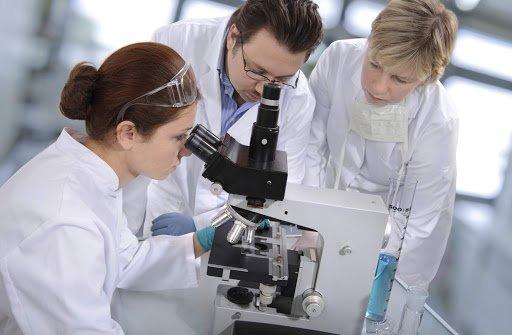 Рак легенів можна визначити по очах: вчені назвали ознаки