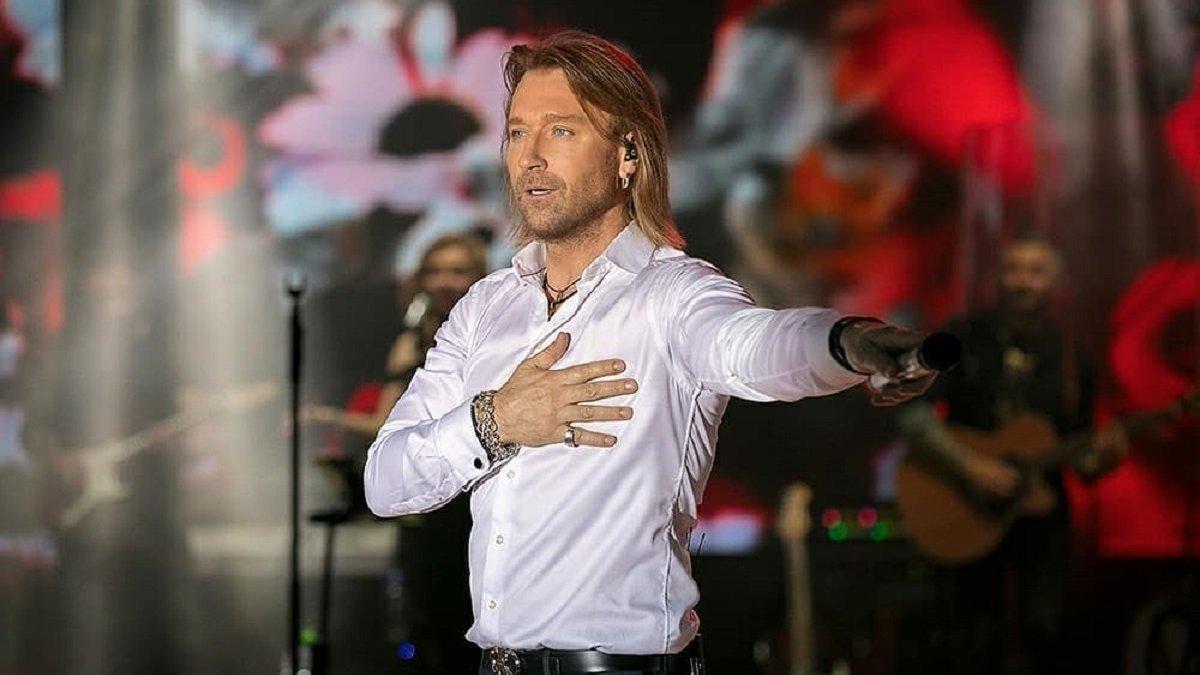 Олег Винник повертається в шоу «Танці з зірками»: з ким вийде на паркет співак