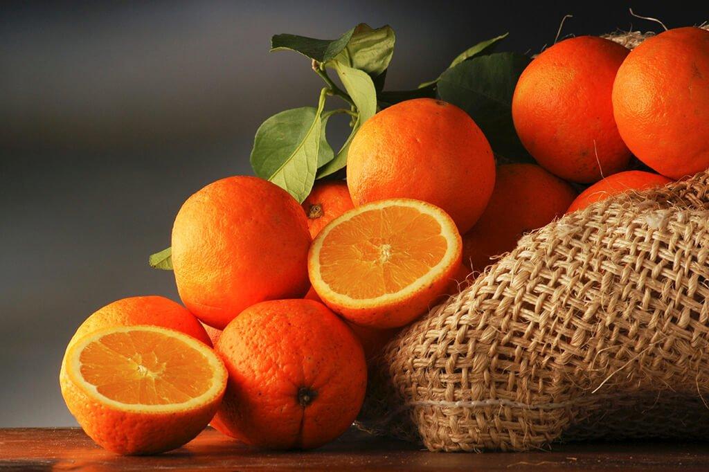 Апельсини можуть бути шкідливі для організму: медики розповіли, коли на них не варто налягати