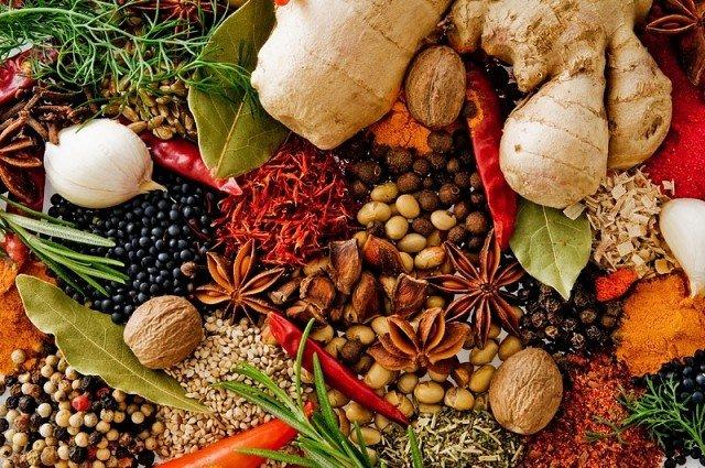 Чай, який допоможе організму вистояти в сезон простудних захворювань: вся сила природи - в одному напої