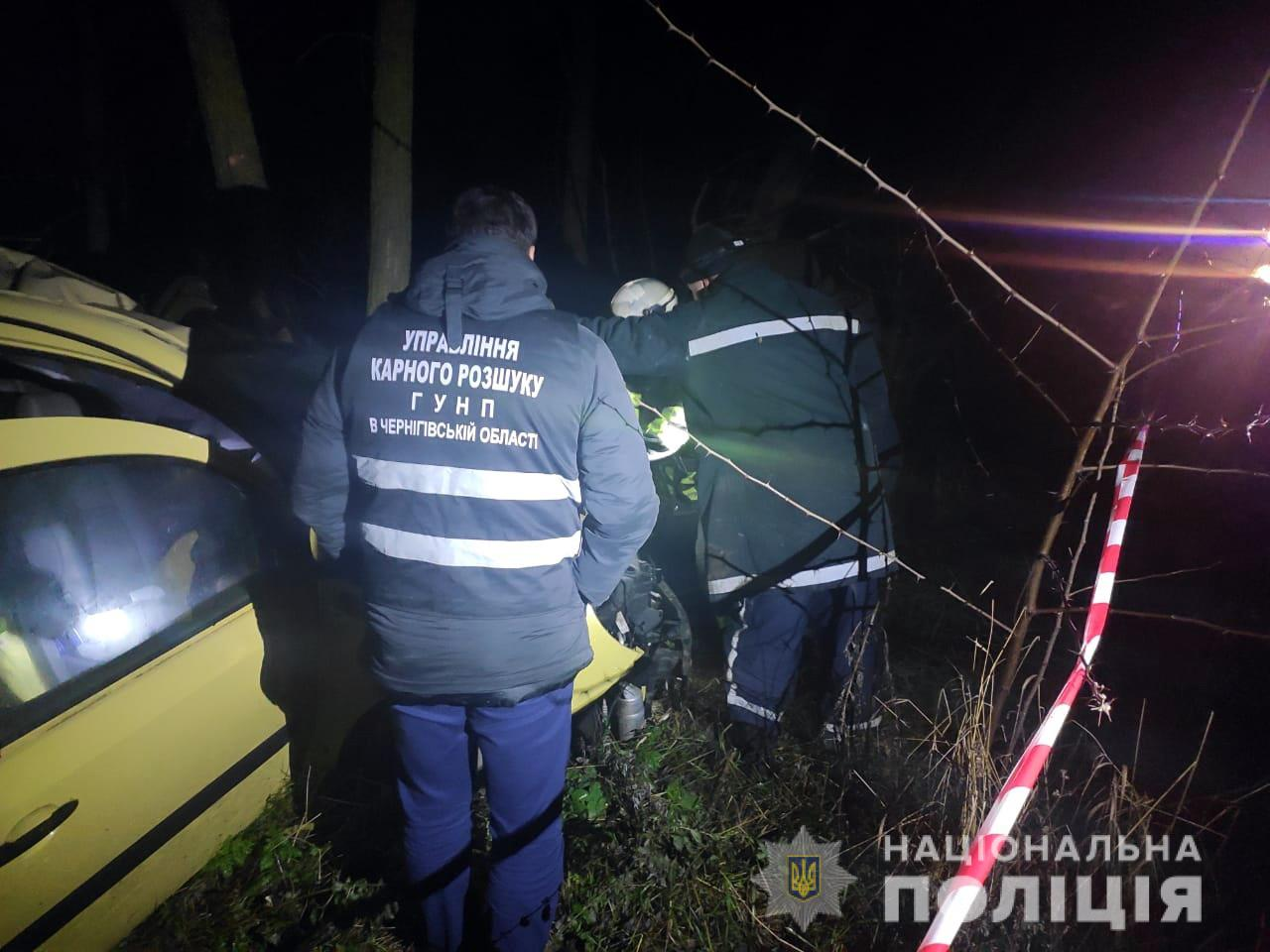 Под Черниговом погиб в ДТП угонщик такси – мужчина так убегал от полиции