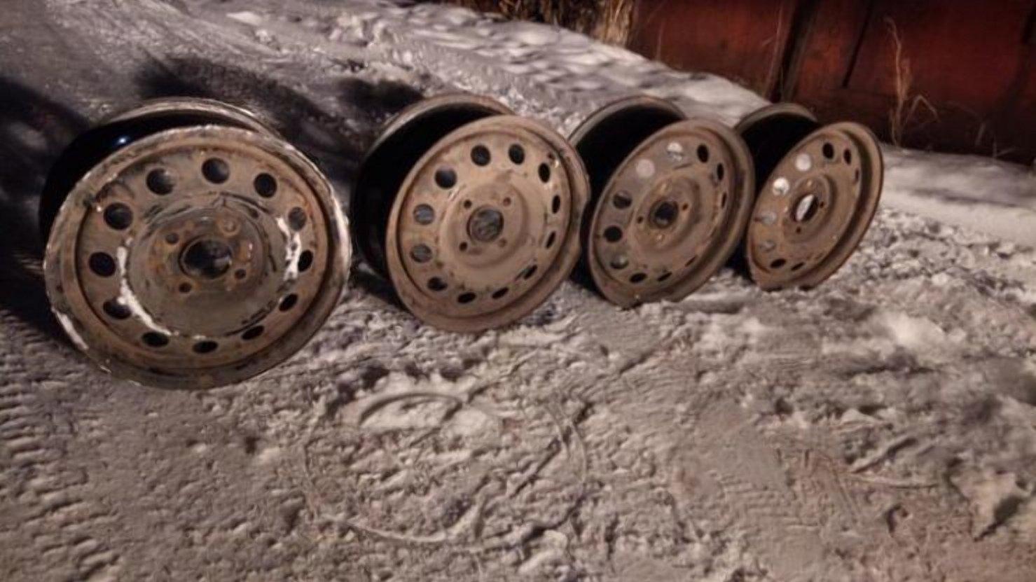 Чому не потрібно перед зимою міняти легкосплавні диски на сталеві