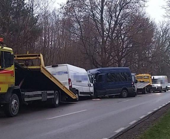 Смертельна ДТП у Польщі: три буси з водіями-українцями не змогли розминутись на дорозі