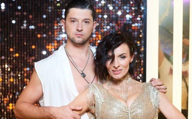 """Победители """"Танцев со звездами 2020"""" отдали кубок проигравшим: что происходило в финале шоу"""