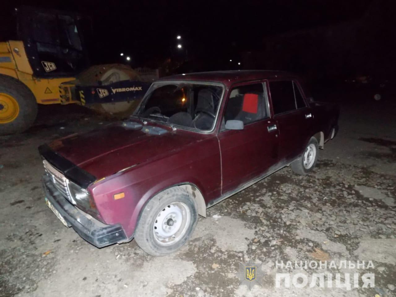 ДТП с угонщиком в Закарпатье: мужчина за ночь угнал две машины, и на одной из них попал в аварию