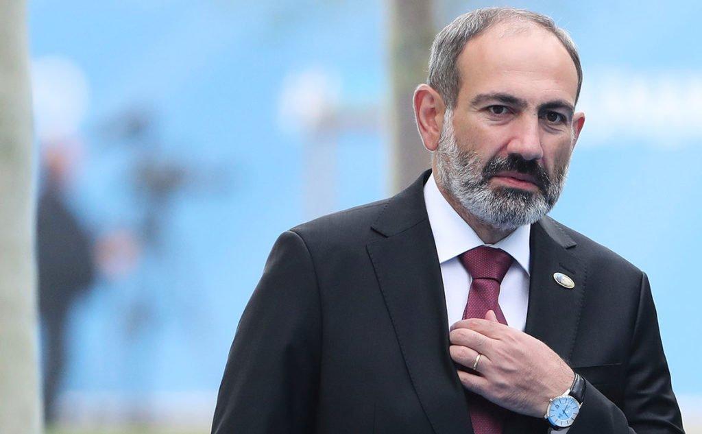 Війна в Нагірному Карабаху закінчена: Азербайджан торжествує, у Вірменії почалися погроми, Росія вводить свої війська