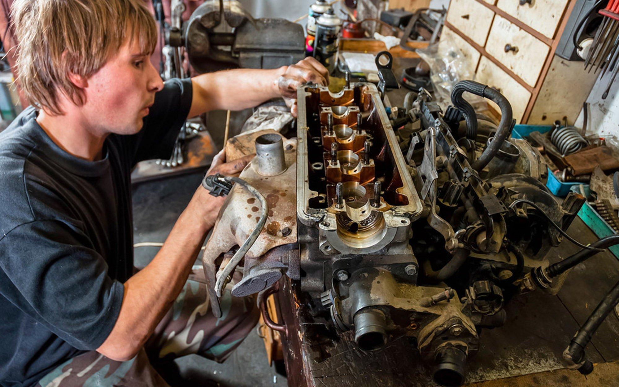 Как проверить двигатель при покупке б/у авто