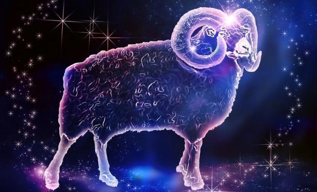 Гороскоп на 19 листопада для всіх знаків Зодіаку: Павло Глоба обіцяє Тельцям важливу звістку, а Козерогам - успіх в амурних справах