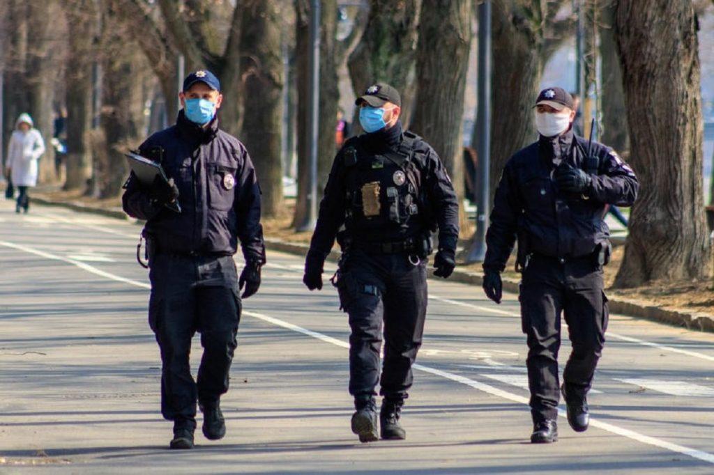 Советник Авакова рассказал, что грозит украинцам, которые не заплатят штраф за отсутствие маски