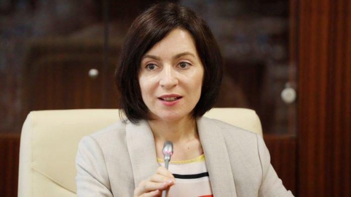 Володимир Зеленський зателефонував Майї Санду, щоби привітати з перемогою на виборах президента Молдови