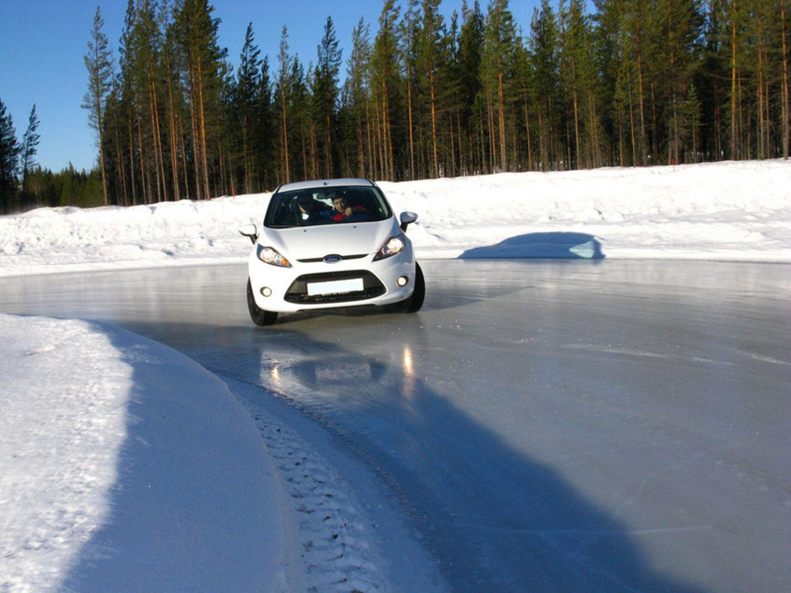 Який тиск в шинах має бути в мороз