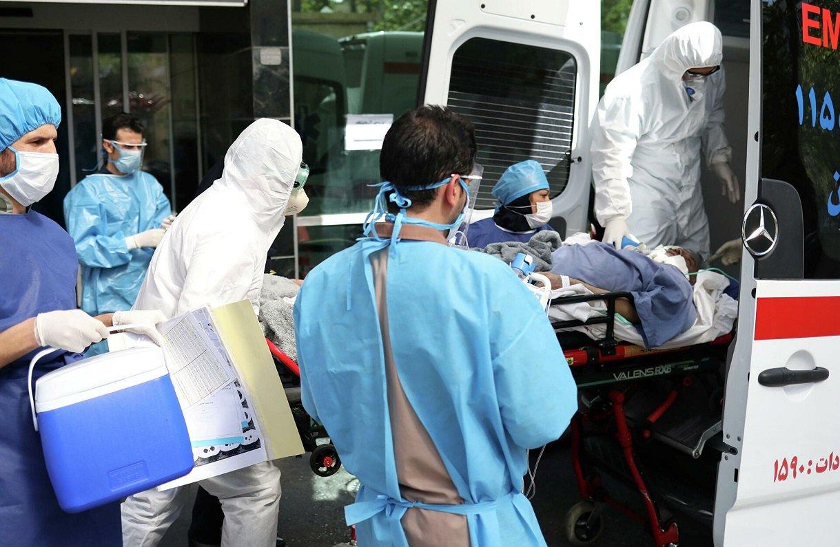 Доктор Комаровський розповів, чому хворі на коронавірус нападають на лікарів