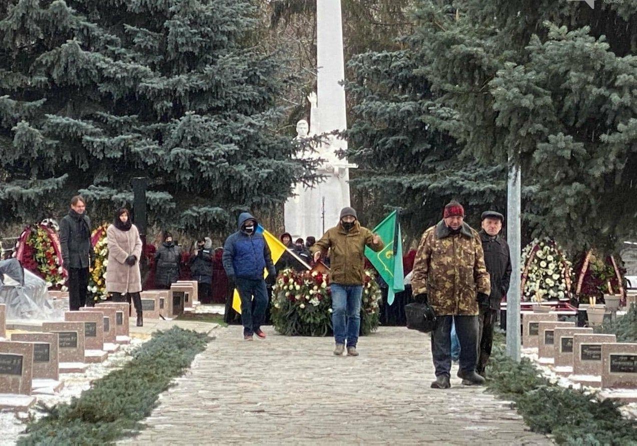 Похорон Геннадія Кернеса: на церемонію прощання прийшли навіть опоненти «вічного» мера
