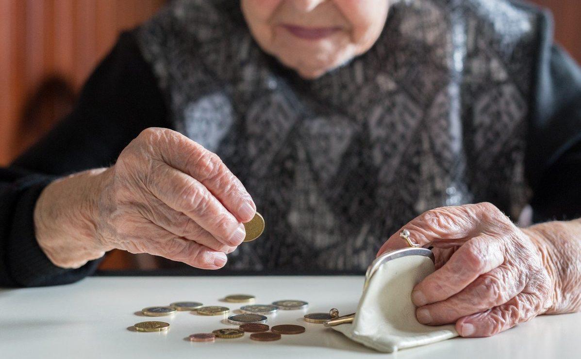 Уже в серпні багато українців отримають підвищені пенсії