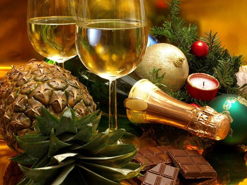 Дієтологи назвали допустиму для здоров'я дозу алкоголю на Новий рік