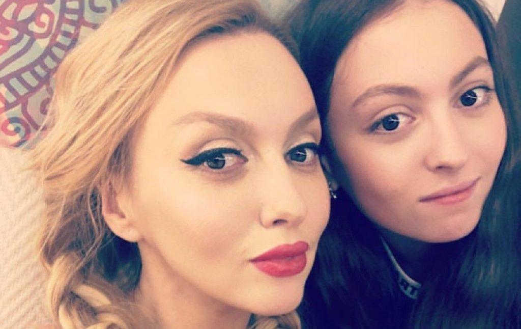 Дочь Оли Поляковой рассказала о частой причине ссор со звездной мамой
