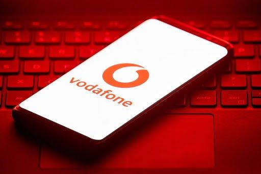 Vodafone дарит абонентам безлимитные звонки и интернет на новогодние праздники