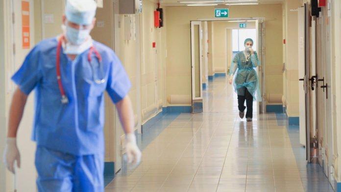 В Україні прогнозується до 40 000 хворих COVID-19 на добу: екс-заступник глави МОЗ зробив заяву